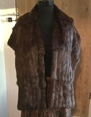 Vintage real fur stole soft & silky, with pockets & embroidered lining c1940s