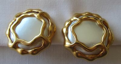 Vintage gold tone oversized Alfred Sung clip on earrings