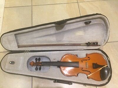 Primevera Violin Good Condition 3/4 Metal Strings With Case and Bow