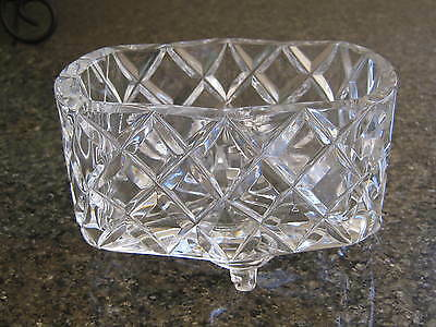 VINTAGE HEAVY CUT GLASS CRYSTAL TRINKET BOX DISH 4 curled feet