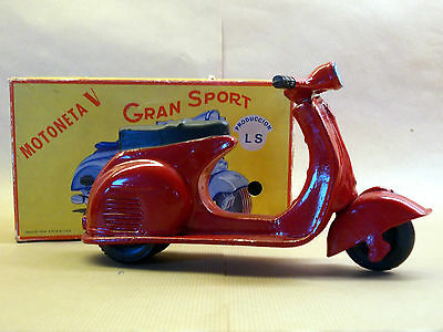 VINTAGE VESPA friction SCOOTER/ MOTORCYCLE TOY. Made in Argentina in box
