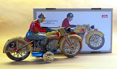 Hard to Find PAYA WINDUP MOTORCYCLE REISSUE #10 OF 5000 in box with certificate