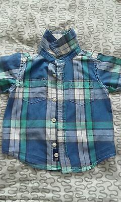 Baby gap boy button up shirt green blue and white in colour for 6-12 months