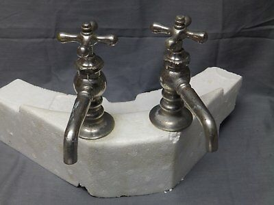 Pr Antique Nickel Brass Separate Hot Cold Bathroom Sink Faucet Plumbing 38-17E