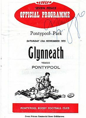 Nov 75 PONTYPOOL v GLYNNEATH Welsh Cup autograph on front