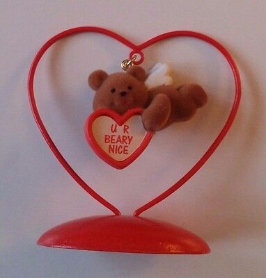 Avon Valentines Day Ornament Love Notes Bear. The Gift Collection NOS