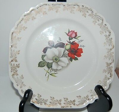 LORD NELSON POTTERY 7-70 - Cake Plate with Roses & Gold Gilt - Made in England