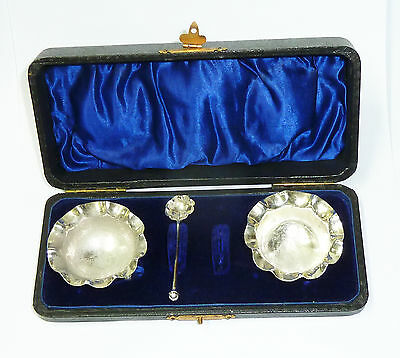 Antique Boxed Solid Silver Matching Salts Set Birmingham 1905 - William Aitkin