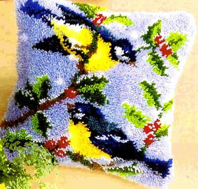 Vervaco Embroidery pillow Cabbage in the snow Winter Birds Latch hook kit