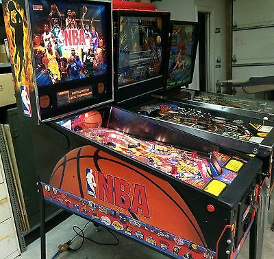 Stern NBA pinball machine