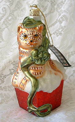 New Handcrafted Glass Holiday Orange Tabby Cat Kitten in Box Christmas Ornament