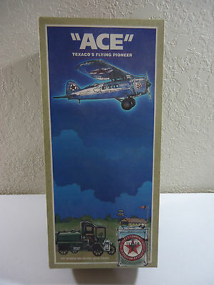 """""""ACE"""" Texaco's Flying Pioneer / 1998 Second Edition / The bear Box"""