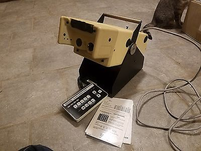 Titmus 2n vision screener Tester with controller