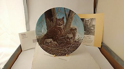"""Knowles The Great Horned Owl Stately Owls 8 5/8"""" Plate With Box & Papers"""