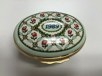 """HALCYON DAYS 1989 A Year To Remember Oval Hinged Trinket Box in GUC 2"""" x 3/4"""""""