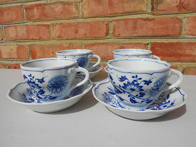 4 Hutschenreuther Blue Onion Tea Cups & Saucers Scalloped No Indent