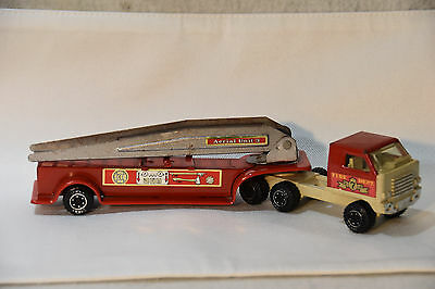 Vintage Red TONKA Fire Truck with Ladder #55170 DIECAST METAL 1970's RETRO TOYS