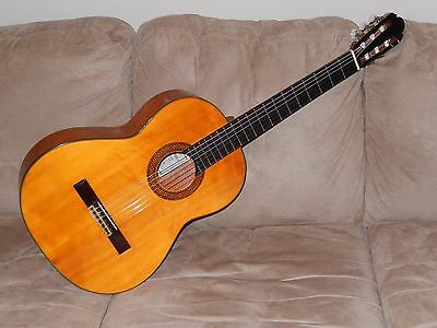 Hand Made In Japan Vintage Shinano Sc25 Classical Guitar In Excellent Condition