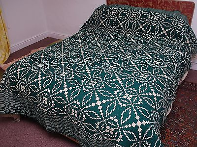 Gorgeous Large Green/White Vintage Reversible Welsh Blanket/Throw 200 x 236 cm