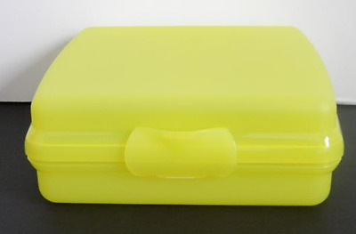 Tupperware Sandwich Keeper Yellow (Great for Crayons & Stickers) Brand New