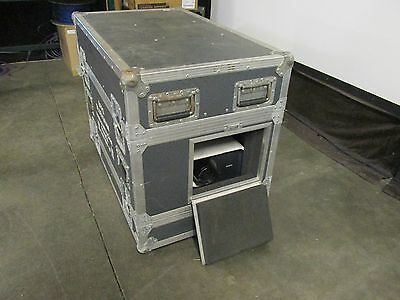 Outdoor flightcase projection box / been used with Sanyo XP100, XP200 projector