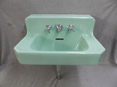 Vtg Mid Century Jade Green Porcelain Ceramic Bathroom Sink Old Standard 58-17E