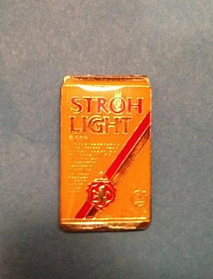 Vintage 1980's Stroh's Stroh Light Beer Can Breweriana Jacket Hat Lapel Pin 015