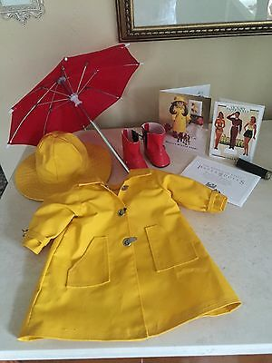 1992 American Girl Pleasant Company Molly's Raincoat Hat WINTER STORY SET! LOT!
