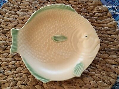 Art Deco Shorter and Son Fish Dinner Plate Yellow and Green 9 1/2 inch