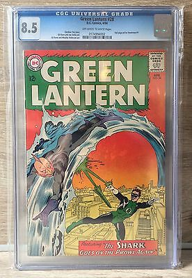"""GREEN LANTERN #28 -CGC 8.5 - """"The Shark Goes On The Prowl Again!"""" - $187 Guide"""