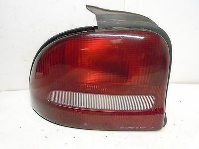 Depo 333-1910R-US Dodge//Plymouth Neon Passenger Side Replacement Taillight Unit 02-00-333-1910R-US