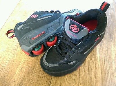 Size 12 Black & Red Heelys Trainers With Removable Wheels Roller Skate Shoes