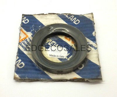 "New Holland ""30, 60, TM & TSA Series"" Tractor Front Axle Gear Seal - 5111415"