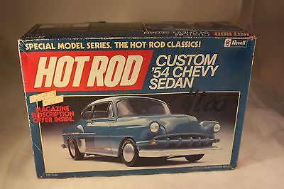 Revell 1:25 Custom 54 Chevy Sedan Hot Rod Classic Model Kit # 7113 FREE SHIPPING