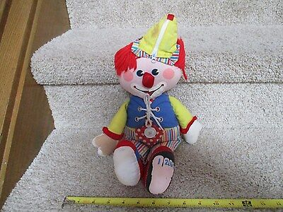 FISHER PRICE Doll Plush Buttons & Toes Clown How to dress counting 178 learn toy