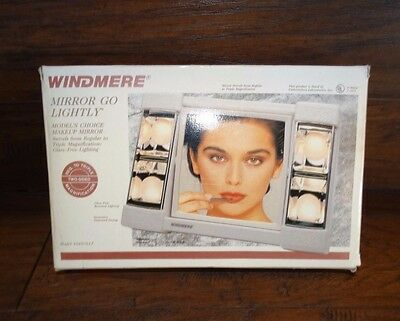 17401 Vintage NOS 1970s Hollywood 2 Sided Lighted Makeup Mirror ~ Magnify in box