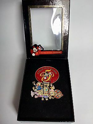 Dreamfinder & Figment Jumbo Disney  Pin LE 500 5 Years of Pin Trading