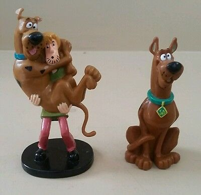 3 inch Tall 1999 Scoopy Doo PVC  Figure & Shaggy & Scooby Cake topper