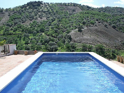 Self catering cottage in Spain, lovely secluded pool, TV WiFi and stunning views