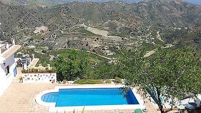 Spain holiday complex sleeps upto 10 amazing views & stunning value & pool