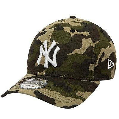 New Era 39Thirty Fitted Cap. Mlb League Essential Ny Yankees. Camo