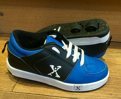 Size 3 Blue Sidewalk Heelys Trainers With Removable Wheels Roller Skate Shoes