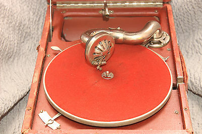Gramophone Phonograph USSR Vintage Leningrad Severny Press Red RARE