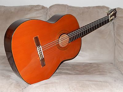 Hand Made In Japan In 1971 By R. Matsuoka Terrific Morris M15 Classical Guitar