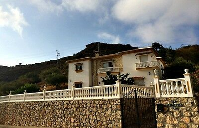 Easter  Holiday Spanish villa with great views, private pool and sleeps 8