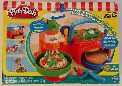 Play-Doh Twirl 'n top Pizza Shop Play Set (2010) Hasbro Grate Cheese Crust Oven