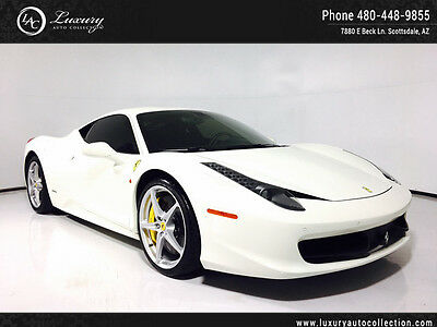 2015 Ferrari 458 Base Coupe 2-Door Carbon Interior_Lifter_Shields_Navigation_AFS System_Contrast Stitching