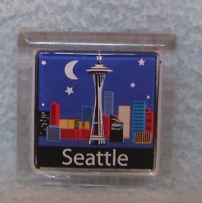 Seattle Skyline at Night Plastic Magnet, Souvenir, Travel, Refrigerator