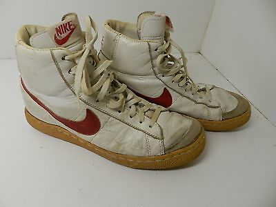 Vintage Nike basketball tennis shoes Red White mens size 8.5 #800507ST Leather