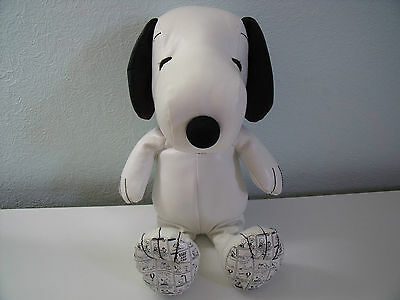 Rare Collectors Edition Then And Now Snoopy Leatherette Toy